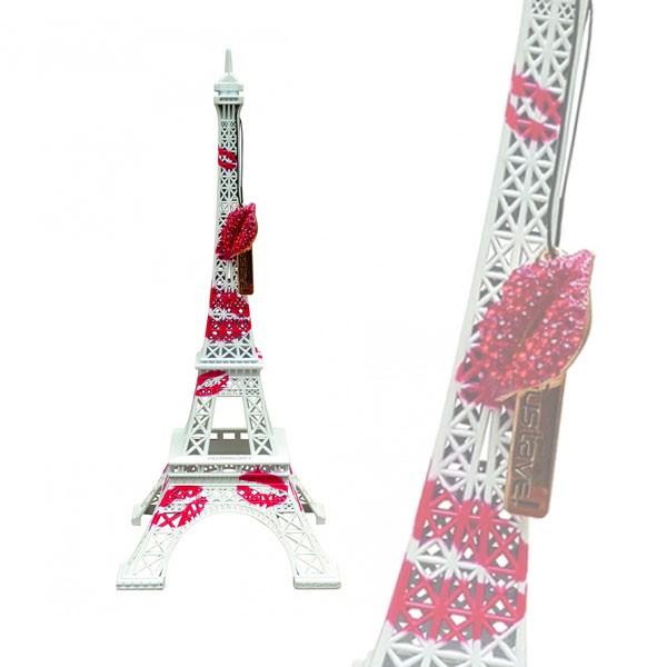 Tour Eiffel Crazy Kiss